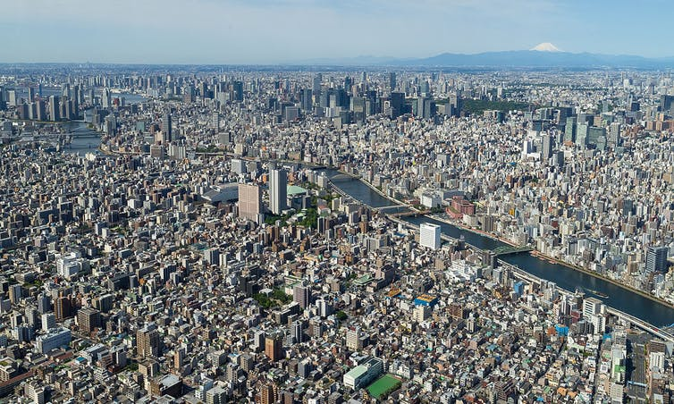 What would Tokyo be without its office space? Yodalica, CC BY-SA