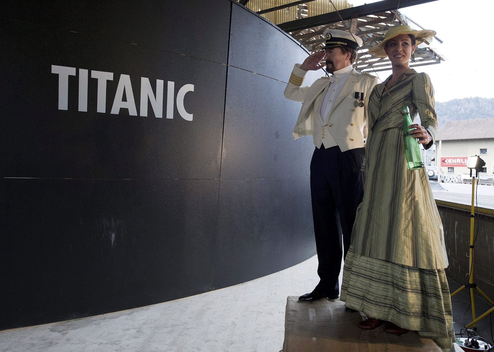 engineering ethics of titanic sinking Design and construction of titanic introduction the rms titanic was an olympic-class passenger liner owned by the white star line and built at the harland and wolff.